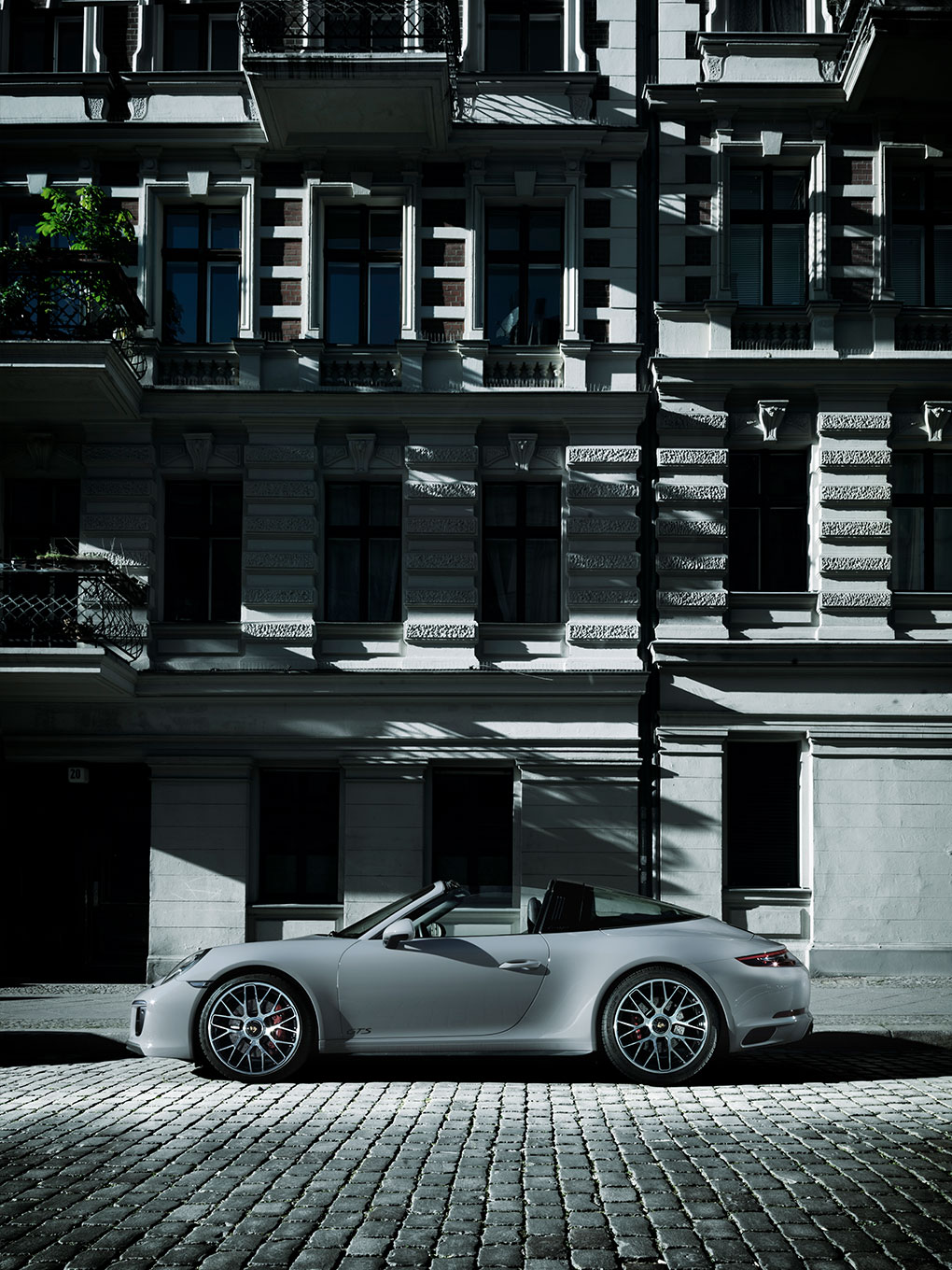 Porsche Where Magazin Brunnenstraße
